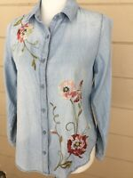 Kensie Embroidered Chambray Top NWT Small Blue Floral Shirt Hummingbird Blouse