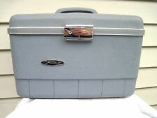 Vintage 60's Forecast Blue Silhouette Hard Train Make up Case w Mirror & Keys