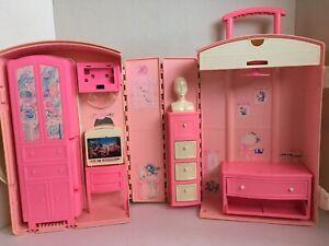 Barbie Take Along Travel Luggage Suit Case House Mattel 1995