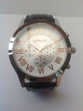 Genuine Leather Strap Round Wristwatches with Roman Numerals