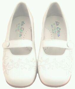 DE OSU -Spain- Girls White Leather Button Flats -Dress Shoes -European 26 Size 9