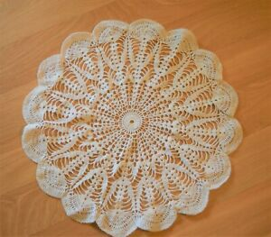 "Vintage 18"" Off White Round Hand Lace Crochet Table Topper Doily Excellent"