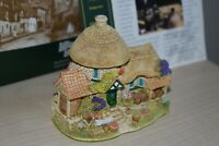 Lilliput lane House Little Scrumpy with original box and deeds