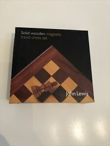 Solid Wooden Magnetic travel chess set    FRJANSW1