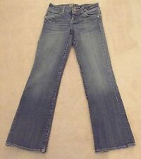 Kut from the Kloth Jeans Sz 2 x 28 1/2 Boot Cut Low Rise back Flap Pockets
