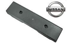 Nissan Genuine Navara D40M Front Licence Number Plate Bracket Plinth 96210EB400
