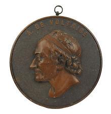 Médaillon en bois durci c 1900 François Arouet Voltaire Philosophie des Lumières
