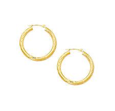10K Yellow Gold 1.6g Diamond Cut Texture V Pattern Hoop Earrings