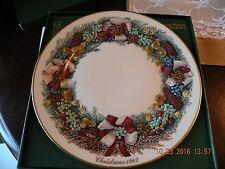 LENOX Dinnerware Colonial Christmas Wreath Plate - 1982 Massachusetts