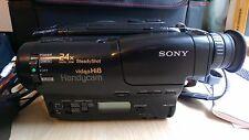 Sony HANDYCAM VIDEOCAMERA CCD-TR750E Hi8-Video Registratore Videocamera Bundle