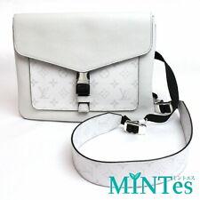 Auth Louis Vuitton Taigarama Flap Messenger M30411 Shoulder Bag Antarctica White