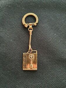 Football keychain key holder Jules Rimet Trophy Golden goddess FIFA World cup