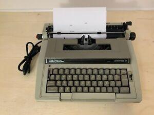 Vintage Smith Corona Enterprise XT Gray Electric Typewriter with Black Hard Case