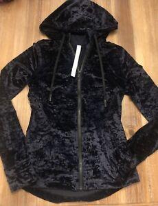 NEW Lululemon Hooded Define Jacket Crushed Velvet in Black Size 8 GORGEOUS
