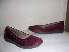 Easy Spirit Maroon Purple Silver Stud Flats Size 9.5 1/2 Shoes Loafers