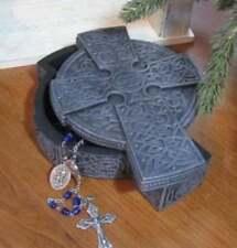 Irish Celtic Cross Lidded Resin Trinket Jewelry Box 7 inch St. Patrick's Day