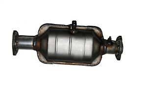 PaceSetter Performance 324889 Direct-Fit Undercar Catalytic Converter