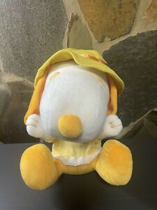 Yellow And White Snoopy Dog Plush Toy approx 30 Cm tall