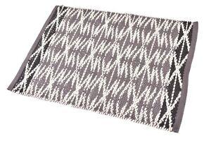 2X3 Ft. Mat Washable Rug 100% Natural Rug Braided Carpets Grey & White Wool Mat