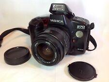 YASHICA 270 AF REFLEX 35 mm CON ZOOM YASHICA LENS AF 28-70mm 1:3.5-4.5