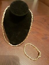 Women's Givenchy 18 Gold Plated Set Chain And Bracelet Gifting!