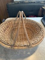 "Great Vintage Oval 2 Handled Gathering Basket~14""~French Country~Gift"