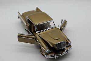 1:24 Danbury Mint 1957 Studebaker Golden Hawk Diecast Car