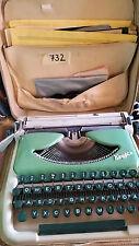 (732) Kolibri Schreibmaschine mit Tasche