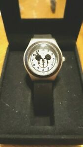 Vintage Disney Mickey Mouse MC0204 Silver Tone Watch New Battery