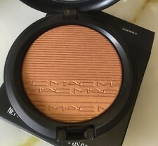 MAC*GLOW WITH IT*Soft peachy nude  EXTRA DIMENSION SKINFINISH 100%MAC NEW IN BOX