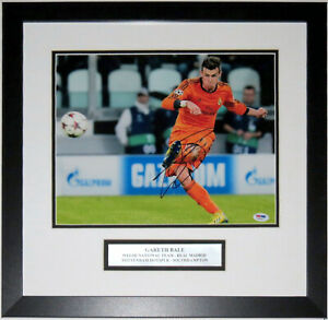 Gareth Bale Autographed 11x14 Photo PSA DNA COA Custom Framed & Career Plate