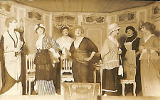 45 COURTENAY ? CARTE POSTALE PHOTO MANNEQUINS MODE MAGASIN DELAMOUR ?