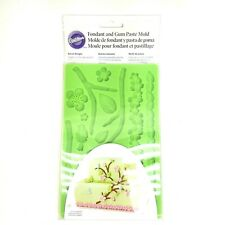 Wilton Fondant and Gum Paste Mold Nature Designs Flower Leaf Branch Green NWT