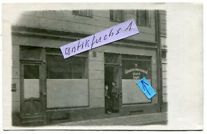 Foto als Postkarte um 1910 : Wohnaus mit Schneiderei in Liegnitz / Schlesien