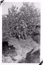 Foto Reichsarbeitsdienst Soldaten mit Stahlhelme Handgranaten Ostsee