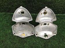 VW Käfer ab 67' 2x Lampenträger für Rücklicht Bügeleisen 1200 1300 111945263D