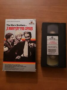 A Night At The Opera Vhs 1980 Marx Brothers 1936 original OOP