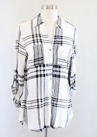 NWT Tinsel Stitch Fix Black White Plaid V Neck Pocket Button Down Blouse Shirt S