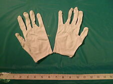 PAIR OF  LIGHTWEIGHT WHITE COTTON GLOVES, MENS SIZE