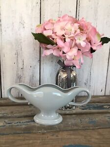 Rare Constance Spry Fulham Pottery FMA 4 Twin Handled Vase in Pale Grey/Blue