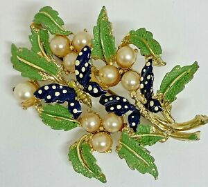 RARE EXQUISITE BUTTERFLY & BERRIES FLOWER BROOCH PIN
