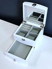 NEW WOODEN JEWELLERY GIFT BOX IN MATT FINISH - ICE WHITE 060W 0.5K