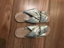 Flat (0 to 1/2 in.) Leather Casual Sandals & Flip Flops for Women