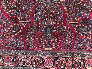 Beautiful hand knotted wool rug, 4 x 6 ,  tightly knotted cranberry Sarouk