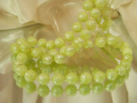 Beautiful Mint Green Lucite Vintage 1960's Super FAB XX Pretty Necklace 308a7