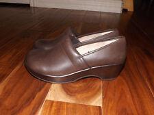 NEW Womens Jambu JBU Cordoba Brown Wedge Clog Slip On Shoes Sz EUR 41, US 10 M