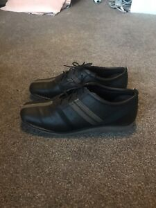 Clarks brown leather lace up shoes, size 6 / Eur 39.