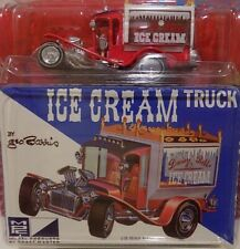 JOHNNY LIGHTNING - CLASSIC PLASTIC - GEORGE BARRIS' ICE CREAM TRUCK SHOW CAR