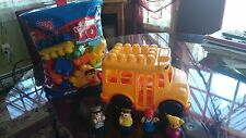MEGA BLOKS BLOCKS SCHOOL BUS + 70 PC BLOKS w/BAG + 4 PEOPLE ~ EUC