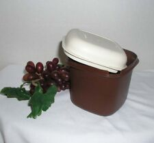 Tupperware 1466-10 mini brown ice bucket storage container with lid